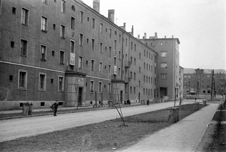 Kilián-észak, Szinyei Merse Pál utca a Lányi Ernő utca felől nézve.