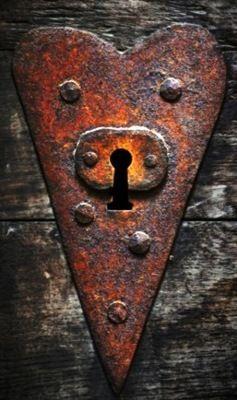 Heart-shaped key hole