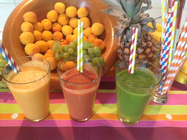 Good summer smoothies https://www.youtube.com/watch?v=cWMcsLjNn-s&list=UUz68KJVhtnJvmosQ4JNYIuQ