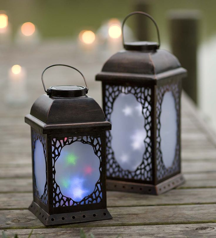 large twirling moravian star solar lantern turn on the factor when the