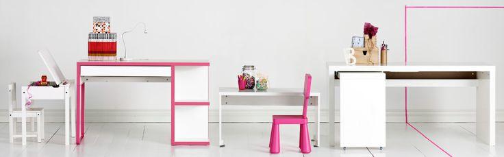 Tische, Schreibtische und Stühle, u. a. SUNDVIK Schulbank in Weiß, MICKE Schreibtisch mit Aufbewahrung in Weiß/Rosa, STUVA Bank in Weiß und ...