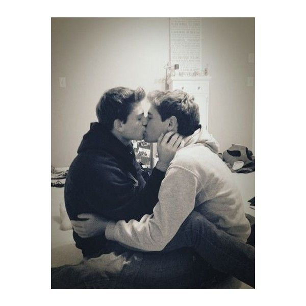 Sweet relationships ❤ liked on Polyvore featuring couples, gay couples, people and love
