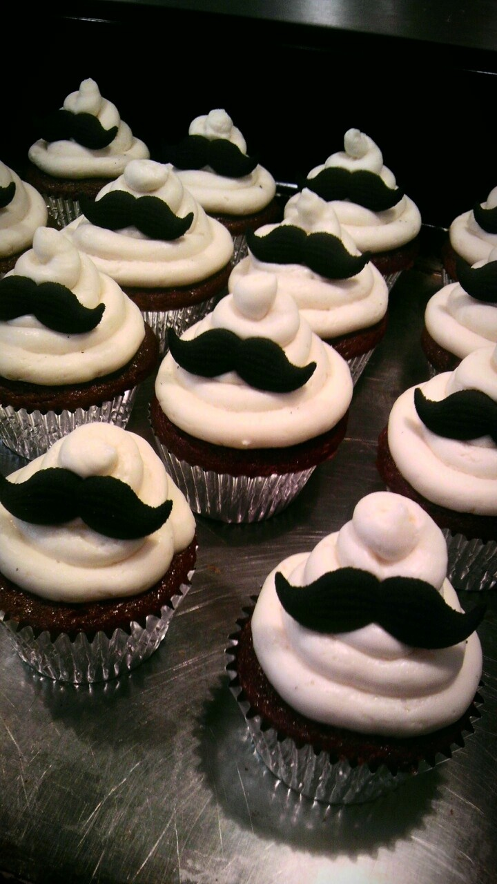 Chocolate Mustache Cupcakes.....perfect for a mustache party...i had one for my birthday.