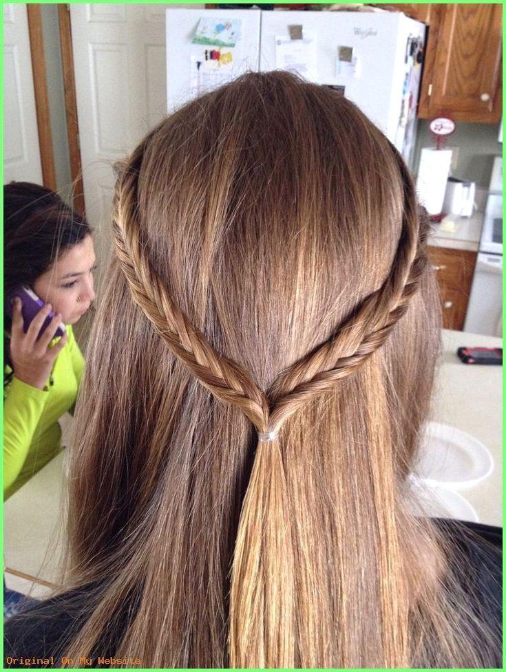 Frisuren Lange Haare 2019 - Glattes Haar mit Fischschwanzkrone! Schnelle Frisur für die Schule ... - #Krone #Jeden Tag #Fischschwanz #Frisuren #Haare
