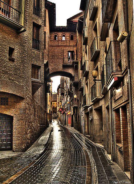 Suelo resbaladizo | Huesca, Spain
