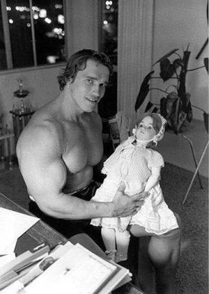 "Arnold Schwarzenegger has taken an incredible amount of photos doing stuff that you or I would never do, even if given the chance. These are 21 examples of (old and young) Arnold ""pumping iron"", Arnold ""Terminator"", Arnold ""former Governor of California"" Schwarzenegger..."
