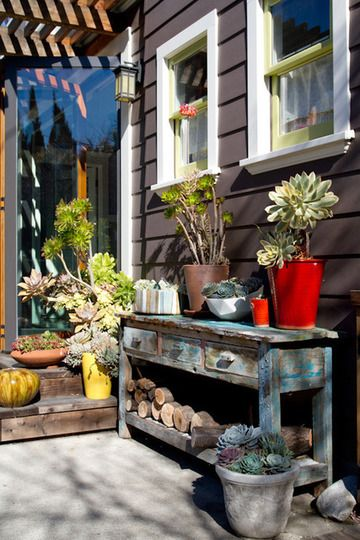 never discard old ugly furniture - it's great for the lawn or back-porch area.