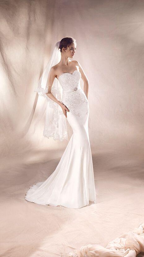 Silvia from Pronovias is available at Sincerely, The Bride located in the Vancouver, WA/Portland Metro area. #sincerelythebride #oregonbride #nwbride