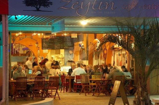 Zeytin Cafe and Eaterie, The Strand, Tauranga, New Zealand.