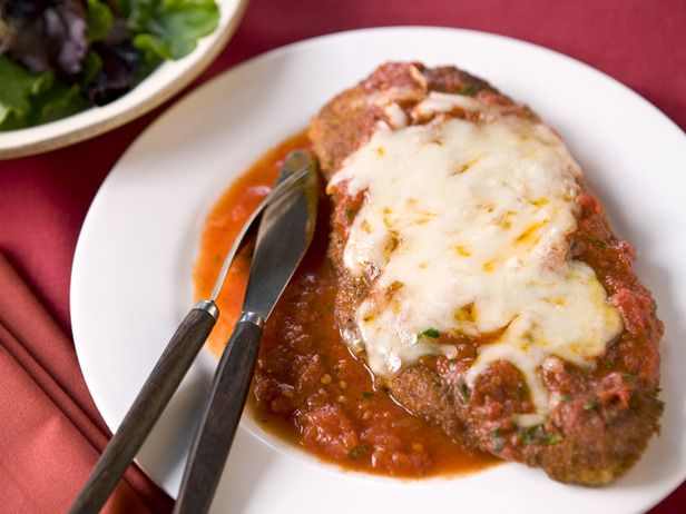 Lower Calorie Chicken Parm... looks Great!