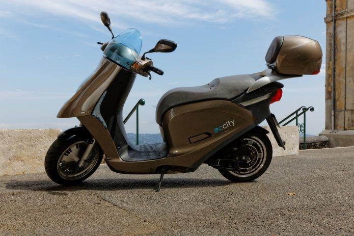 L'ARTELEC 670 : Le scooter électrique « MADE IN FRANCE » à l'assaut du marché Européen