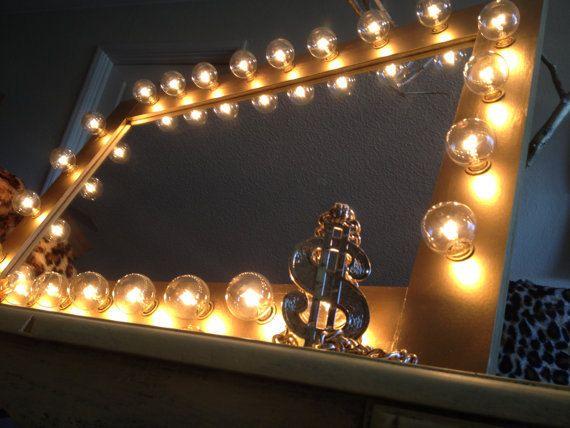gold belle vanity light up vanity mirror a set of 24 clear globe lights included. Black Bedroom Furniture Sets. Home Design Ideas