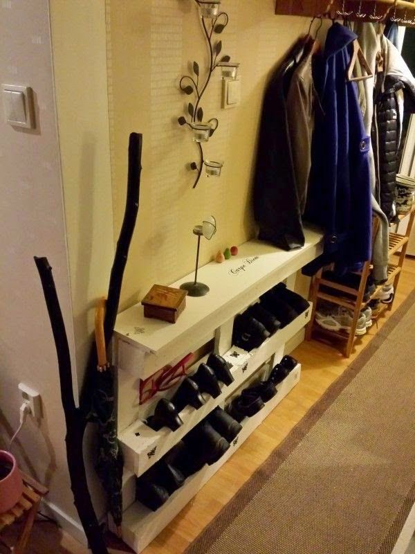 pallet shoes storage in your entrance skohylla entrance pallet projects