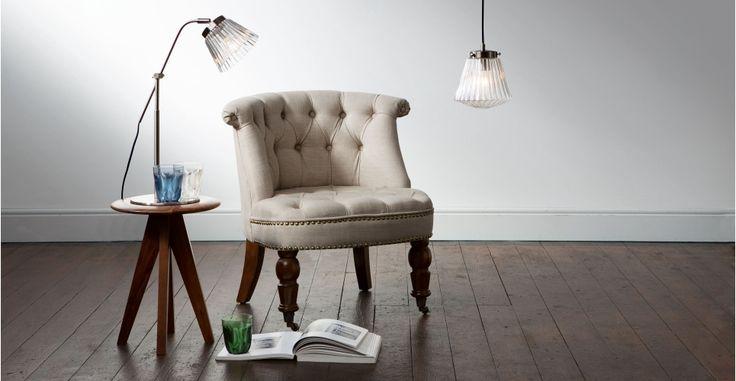Edie, une lampe de table, acier brossé   made.com