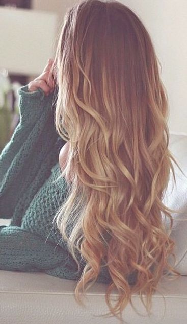 there is supposedly some sort of trick to getting your hair to curl like this using a flat iron but I can not for the life of me figure it out! :/