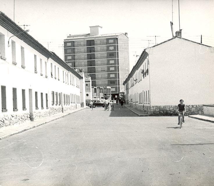 Calle de San Cosme, Teruel. Años 1960.