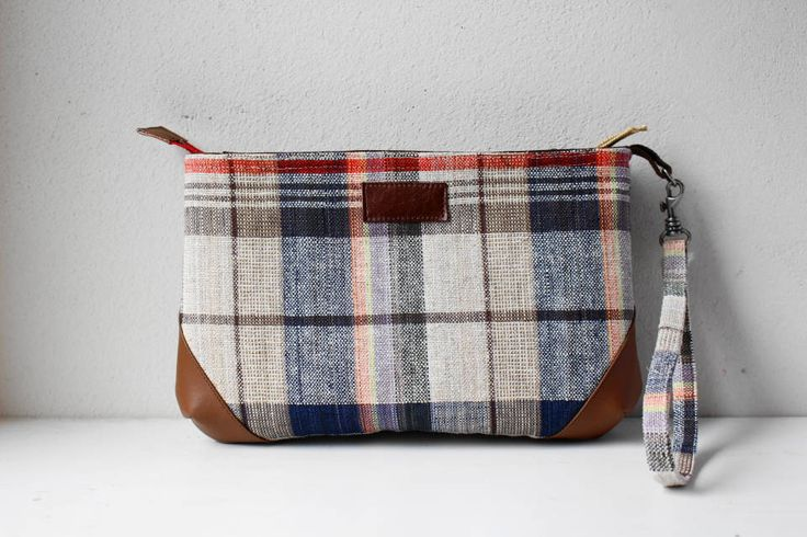 Etsy のLinen Pouch in Pouch(Plaid)(ショップ名:withYu)