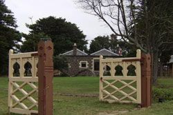 lastminute.com.au - Point Cook Homestead Dinner & Ghost Tour - Book now or buy as a gift voucher