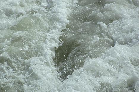 Wetenschappers ontdekken verborgen ondergrondse wateropslag. Juli 2014