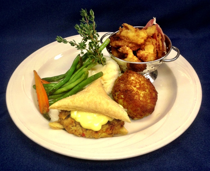 ... Crabcake, Baked Crabmeat Imperial, Fried Shrimp and Fried Oysters