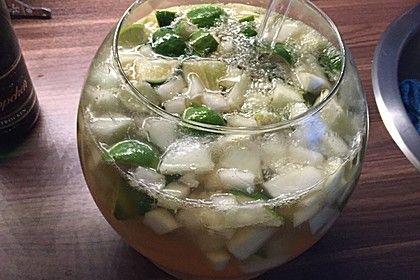 Caipirinha-Bowle, ein schönes Rezept aus der Kategorie Party. Bewertungen: 823. Durchschnitt: Ø 4,7.