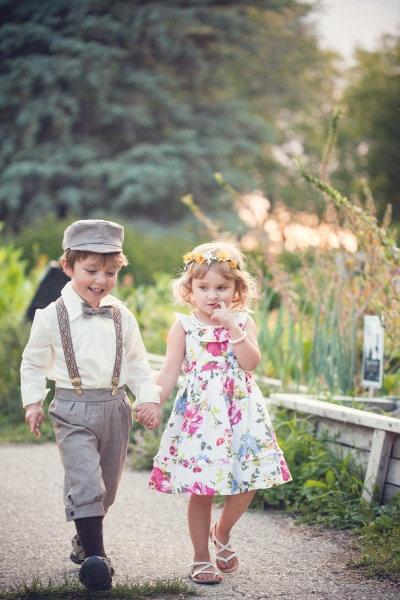 Ringträger mit Blumenmädchen - so sweet