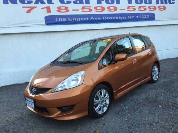 HONDA FIT SPORT – One Owner – CARFAX CERTIFIED