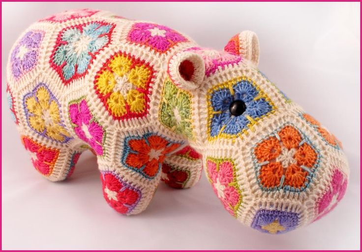 Happypotamus the Happy Hippo Crochet Pat pattern on Craftsy.com