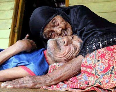 Έκτακτο Παράρτημα: Η καταπληκτική ιστορία της Mohd. Η μητέρα που φρόντιζε τον ανήμπορο γιο της μέχρι τα 101 της!