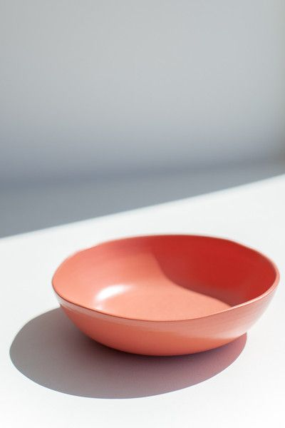 ORGANIC SMALL SERVING BOWL - CORAL