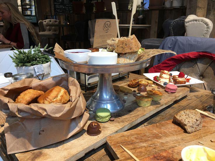 High Tea RM Café Arnhem   Grada van Welzen