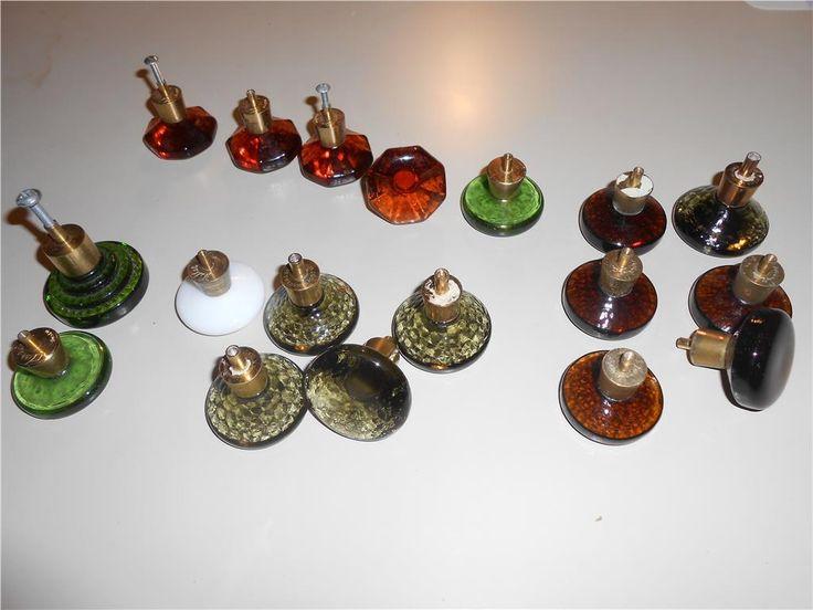 Retro glasknoppar i bra skick