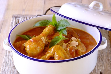 Almond Chicken: Almonds Chicken, Chicken Recipes, Champion Chicken, Chicken Dishes, Poultry Recipe, Easy Dinners Recipe, Families Dinners, Chicken Casseroles, Curries