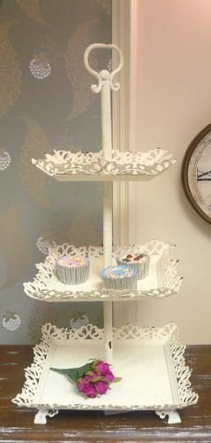 Love this tier cake stand