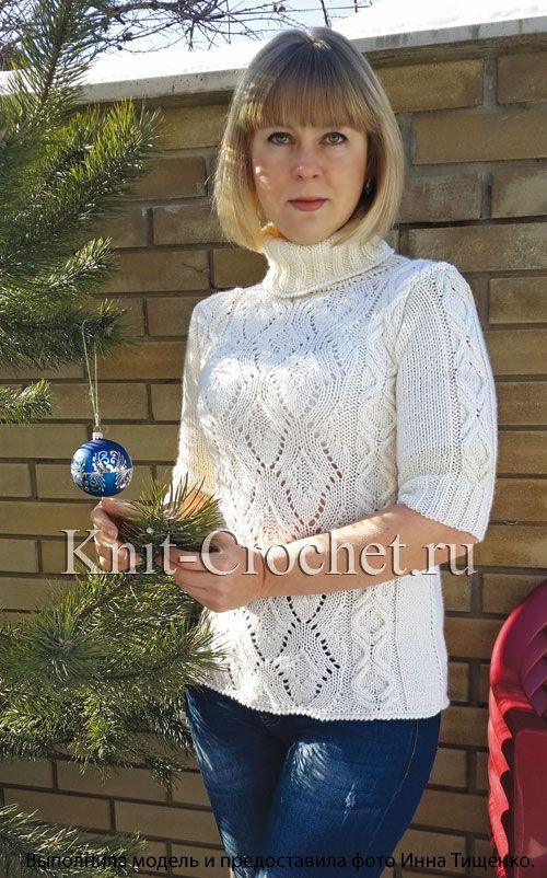 Женский свитер с короткими рукавами на спицах.