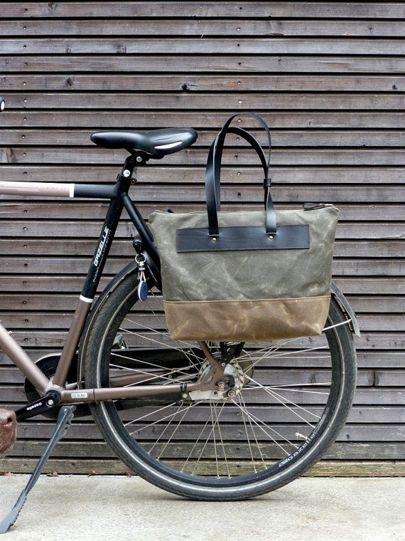 Waxed canvas pannier / bicycle bag with zipper by treesizeverse