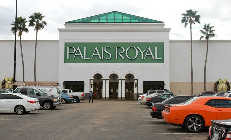 "The Houston-based operator of Palais Royal and several similar retail stores on Monday cited the energy slump, a weakened peso and unusually warm weather for a 2.5 percent drop in sales during the 10-week holiday shopping season.  ""The apparel industry has really been struggling recently,"" Michael Glazer, president and chief executive officer of Stage Stores, said in a phone interview.  The company, which sells moderately priced clothing and accessories at nearly 850 stores in 40 states…"