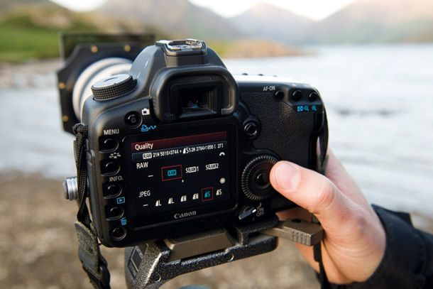 44 essential digital camera tips & tricks.