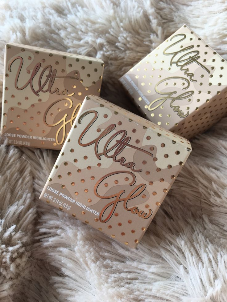 ULTRA GLOW HIGHTLIGHTERS KYLIE COSMETICS VACTION EDITION BUNDLE FROM UK BEAUTY BLOGGER