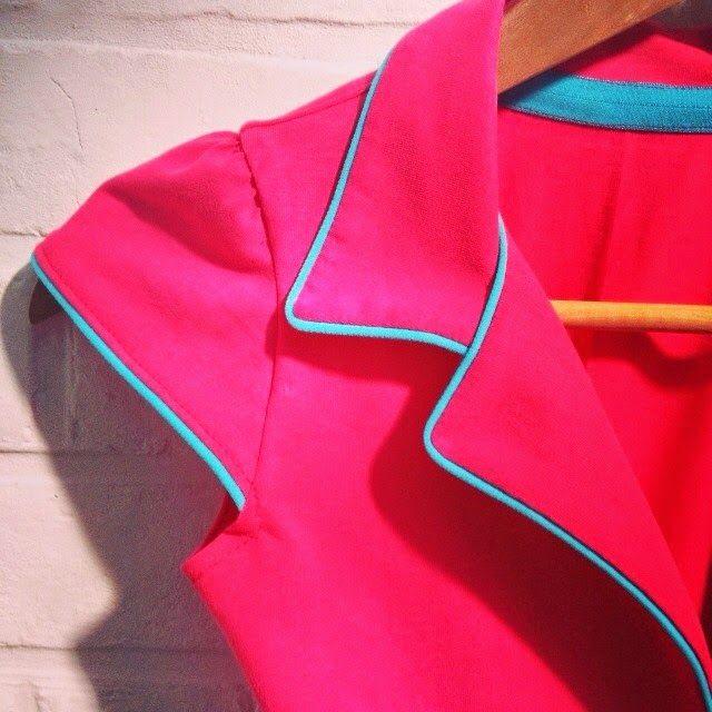 Telma retro kleedje voor de dames maat 32-34-36