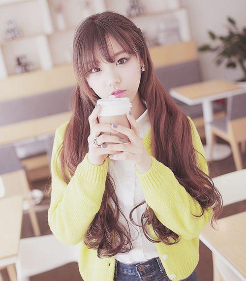 ulzzang style is soooo cute!!