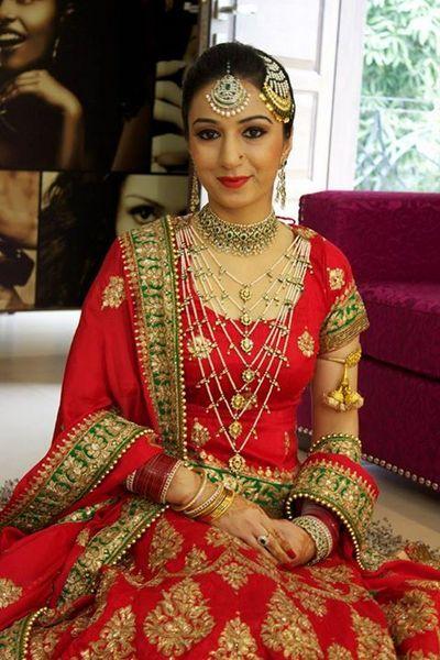Gorgeous Indian bride