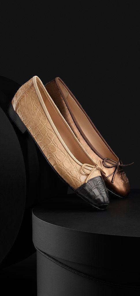Alligator flats - CHANEL #fashion #shoes #shop