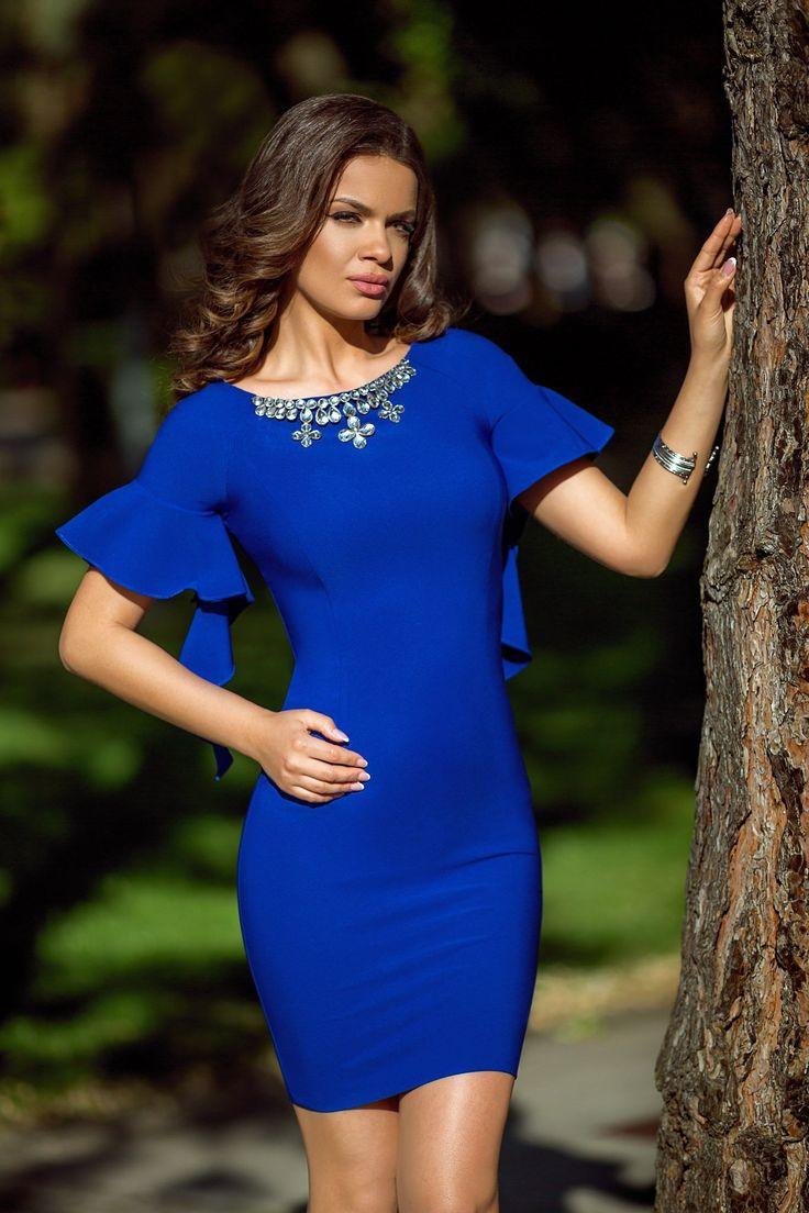 Rochie Serenity Albastra 179 lei Rochie albastra accesorizata cu strass-uri