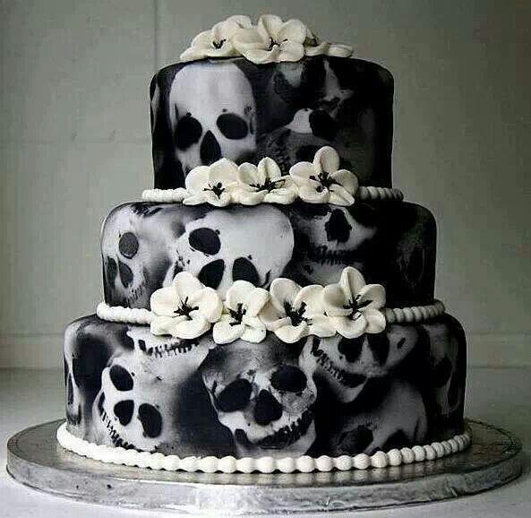 ...  Crânes, Gâteaux en tête de mort et Anniversaires de mariage