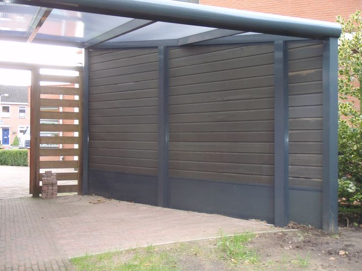 Veranda terrasoverkapping gemaakt van aluminium geeft sfeer in de tuin modern of klassiek - Dekzeil transparante terras ...