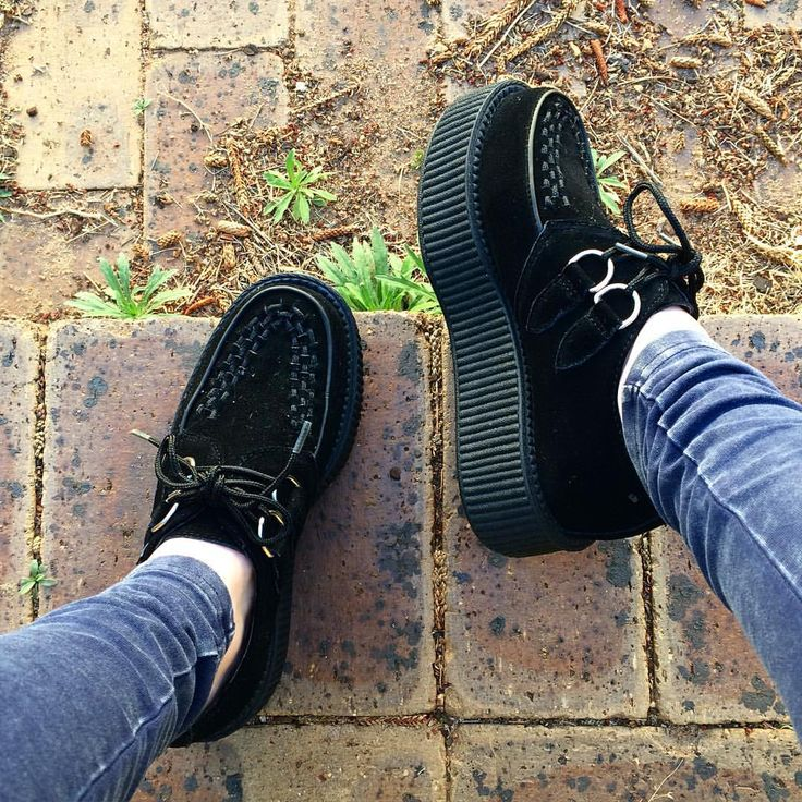 """Mi piace"": 138, commenti: 6 - ✨ Kaicee ✨ (@nutkaic) su Instagram: ""I FINALLY GOT MYSELF SOME CREEPERS!!!  I'm so in love!…"""