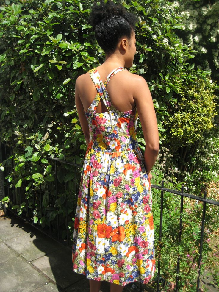 Pretty floral dress with a criss cross back. For Dotty Theresa Vintage modelled by Keira Fleur (*item sold, no longer available).