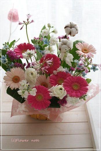 【今日の贈花】合格のお祝いに♪|Flower note の 花日記 (横浜・上大岡 アレンジメント教室)