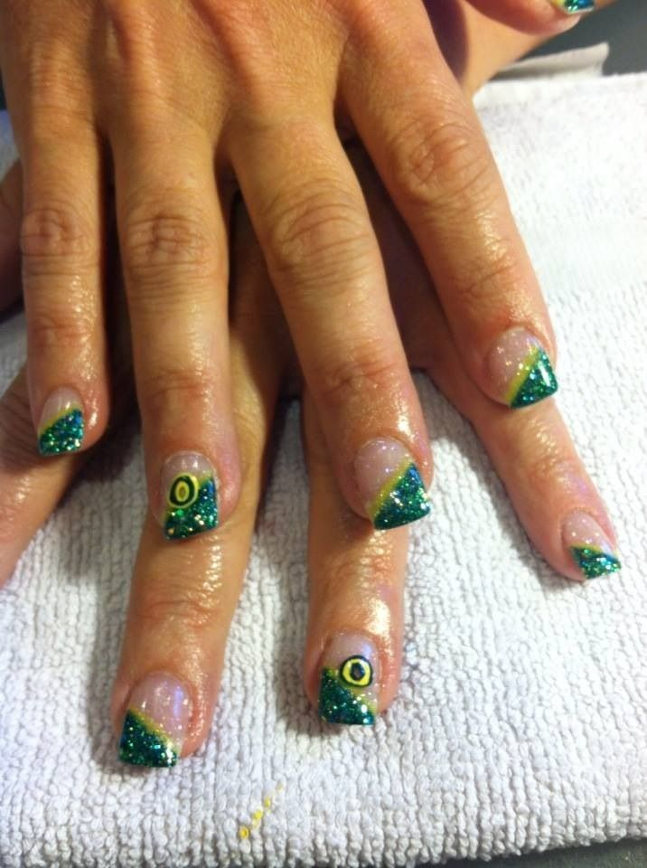 #OREGON DUCK NAILS